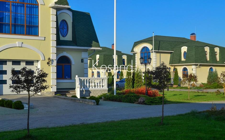 Дома в закрытом и охраняемом поселке между Ригой и Юрмалой