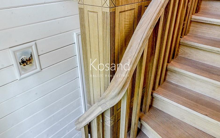 Роскошная деревянная вилла в Юрмале