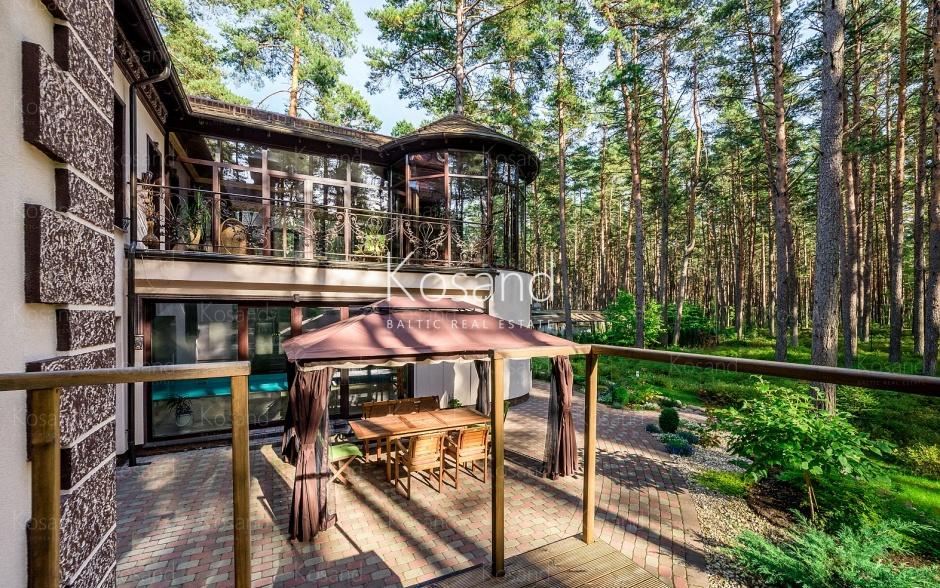 Юрмальский особняк в сосновом парке