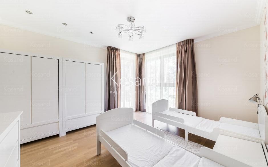 Продажа дома в Юрмале с частным причалом