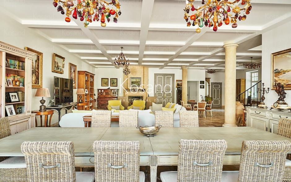 Просторный дом в Булдури, с роскошным интерьером